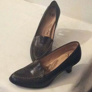 Sofft Brown kitten heels comfortable shoes # 7.5 N
